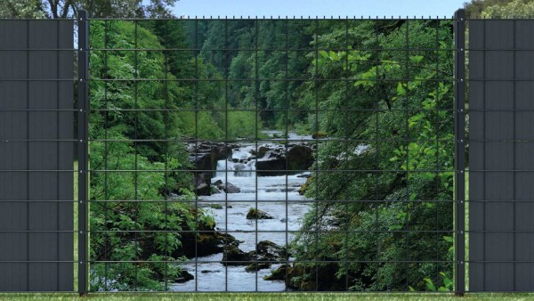 Sichtschutzzaun Bergfluss Bergbach fließend Seiten bewachsen zaunblick zlw004 A