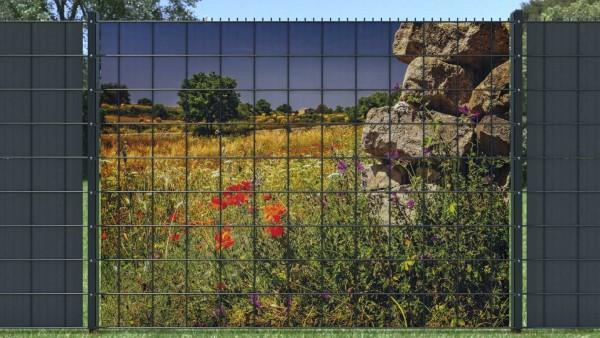 Sichschutzstreifen für Doppelstabzaun Blumenwiese mit Felsen rechts zaunblick zlwf004 A
