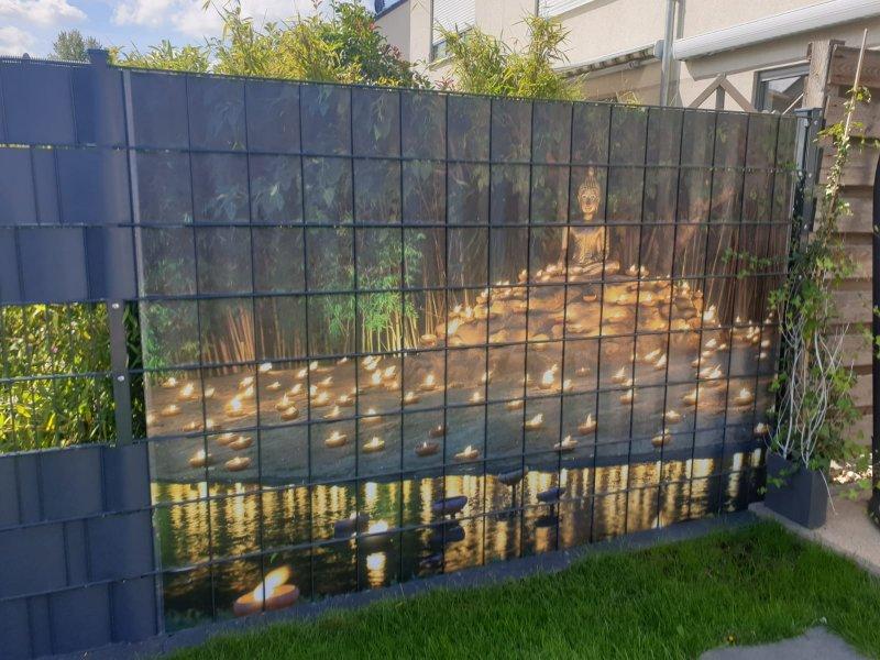 Angepasster Gittermattensichtschutz für den heimischen Garten